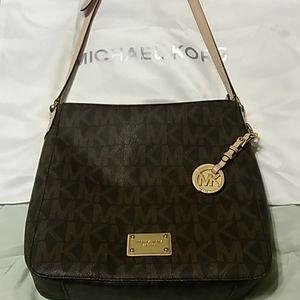 Michael Kors messenger handbag